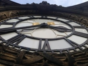 town hall clock face (400x300)