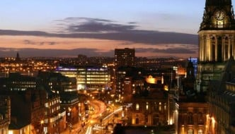 leeds_night_shot_680