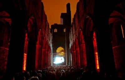 Sneaky-Experience-Kirkstall-Abbey