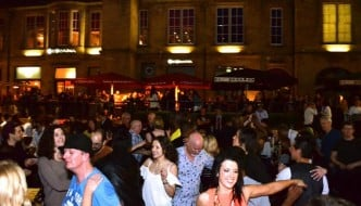 salsa-in-the-square-24th-may-2015