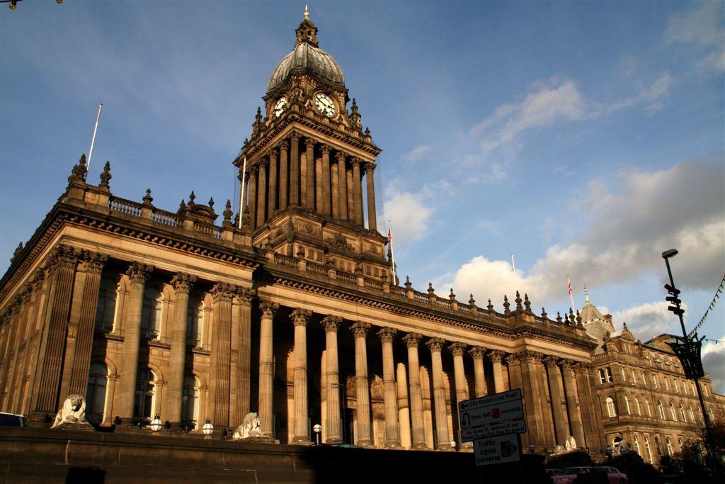 Leeds_Town_Hall_(2)