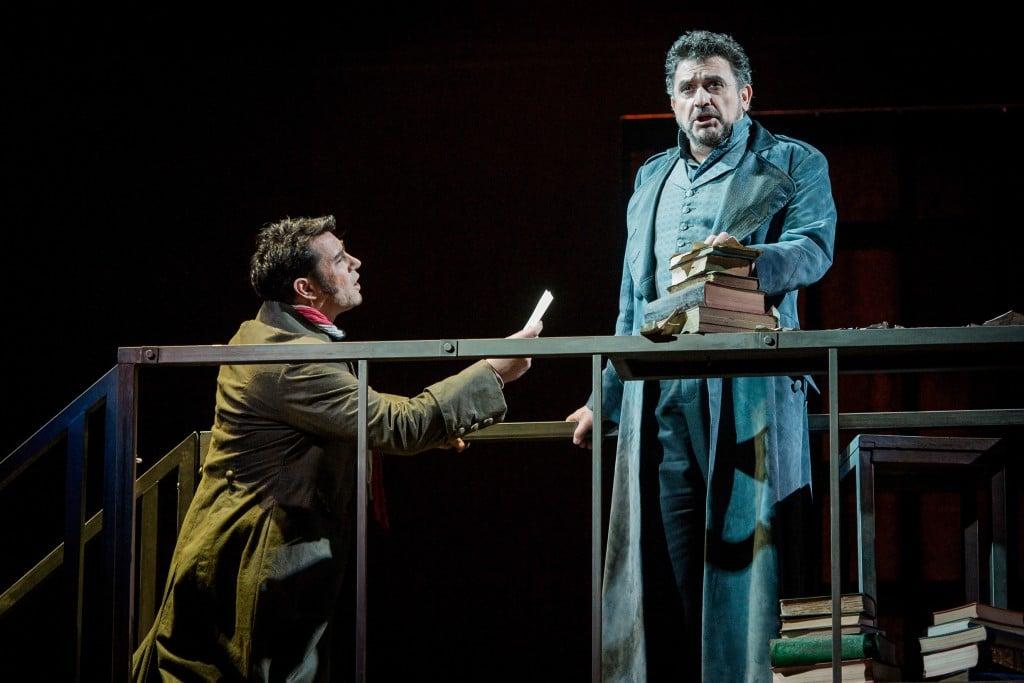 Phillip Rhodes as Roucher and Rafael Rojas as Andrea Chénier. Photo Credit: Robert Workman