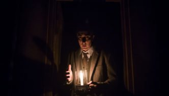 A scene from The Woman In Black by Susan Hill @ Fortune Theatre. Directed by Robin Herford (Taken 26-07-16) ©Tristram Kenton 07/16 (3 Raveley Street, LONDON NW5 2HX TEL 0207 267 5550  Mob 07973 617 355)email: tristram@tristramkenton.com