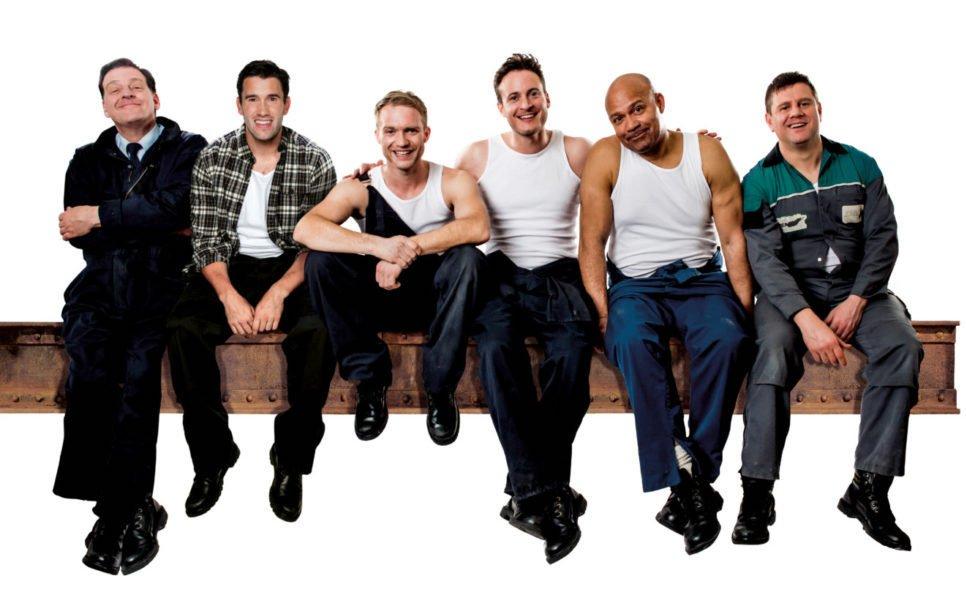 Andrew-Dunn2c-Anthony-Lewis2c-Chris-Fountain2c-Gary-Lucy2c-Louis-Emerick2c-Kai-Owen-in-THE-FULL-MONTY-credit-Matt-Crockett-1024x828