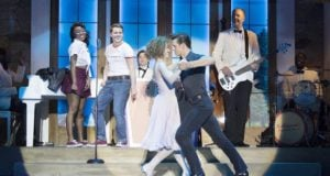 Dirty-Dancing-Bristol-Hippodrome.-Credit-Alistair-Muir-e1499208366970