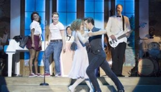 Dirty-Dancing-Bristol-Hippodrome.-Credit-Alistair-Muir-e1499208366970