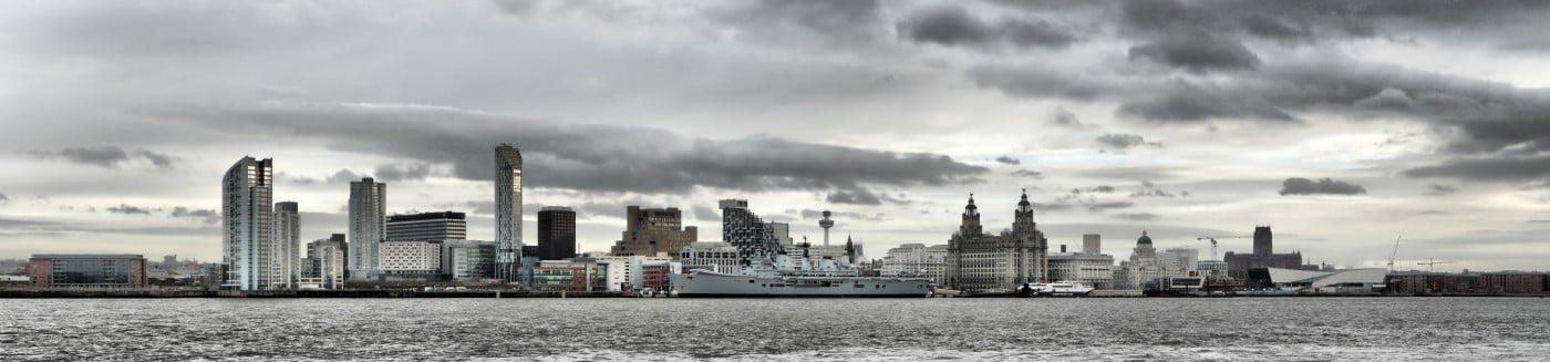 Liverpool_Skyline_with_HMS_Ark_Royal